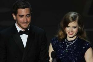 Amy Adams dan Jake Gyllenhaal Bermain di Film