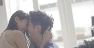 Romantisnya Boy William & Ully Triani di Trailer Film