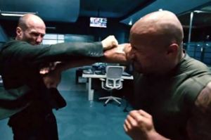 Jason Statham VS The Rock di Trailer Terbaru